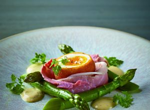 Crispy duck egg and asparagus salad