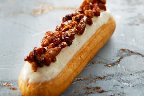Madagascar Vanilla and Caramelized Pecan Eclair by Christophe Adam