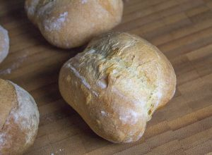 White dinner rolls by Alain Ducasse