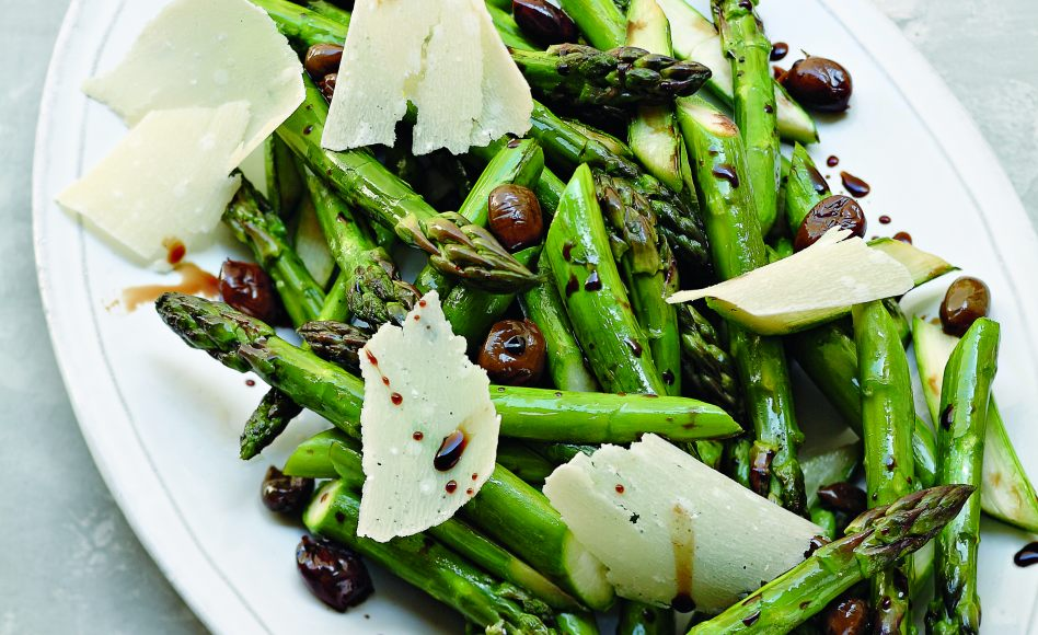 Roasted Asparagus with Black Olives