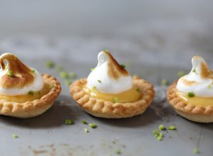 Clementine-Meringue Pies recipes