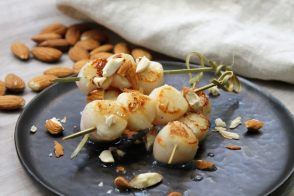 Scallop and almond skewers recipes by All My Chefs