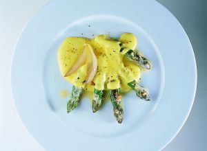 Asparagus Villelaure with New Gray Shallots in a Lemon Zabaglione