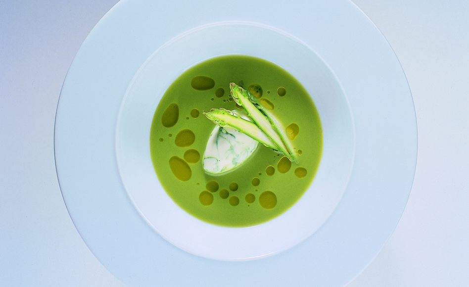"Chilled Asparagus Consommé with ""Cappuccino"" Froth"