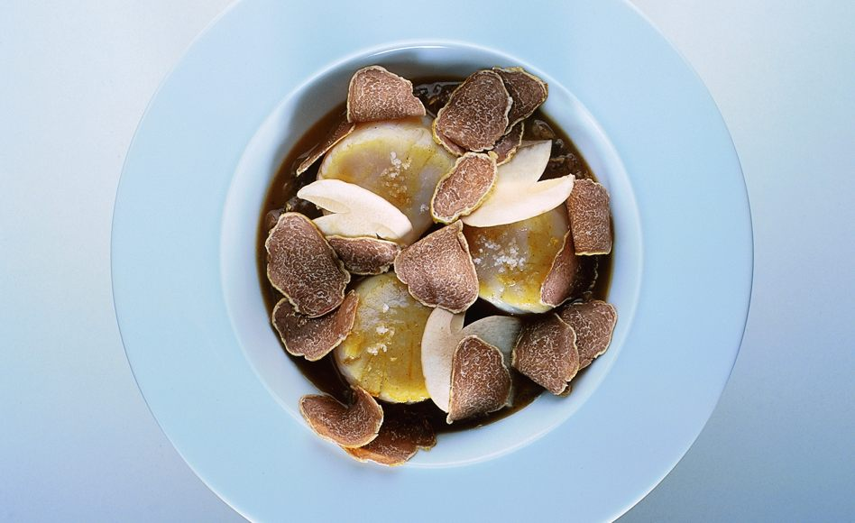 Baked Scallops with Porcini Mushrooms and White Truffle